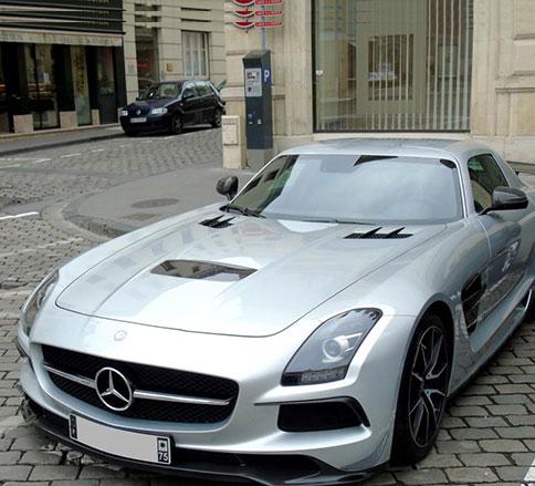 سریع و خشن اما بینهایت زیبا،مرسدس بنز AMG GT -