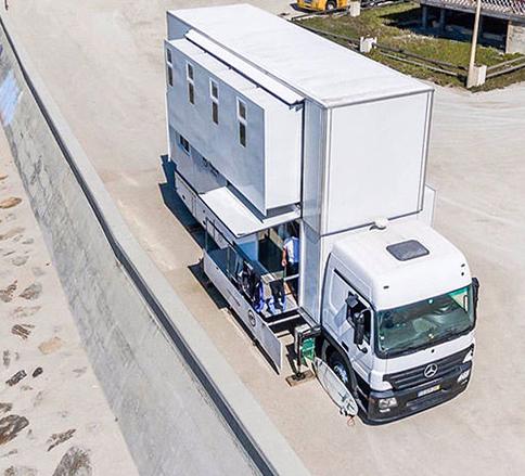کامیون مرسدس بنز آکتروس به هتل متحرک و لوکس تبدیل شد -