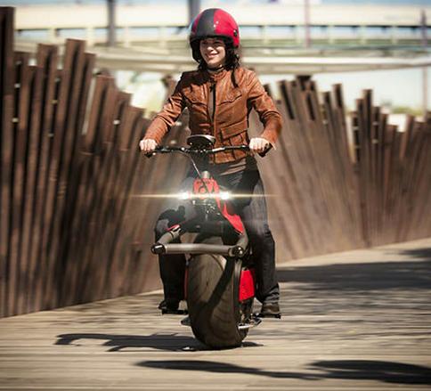 موتور سیکلت تک چرخ انقلابی در حمل و نقل -