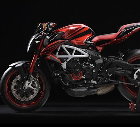 موتورسیکلت آگوستا نسخه ویژه لوئیس همیلتون -